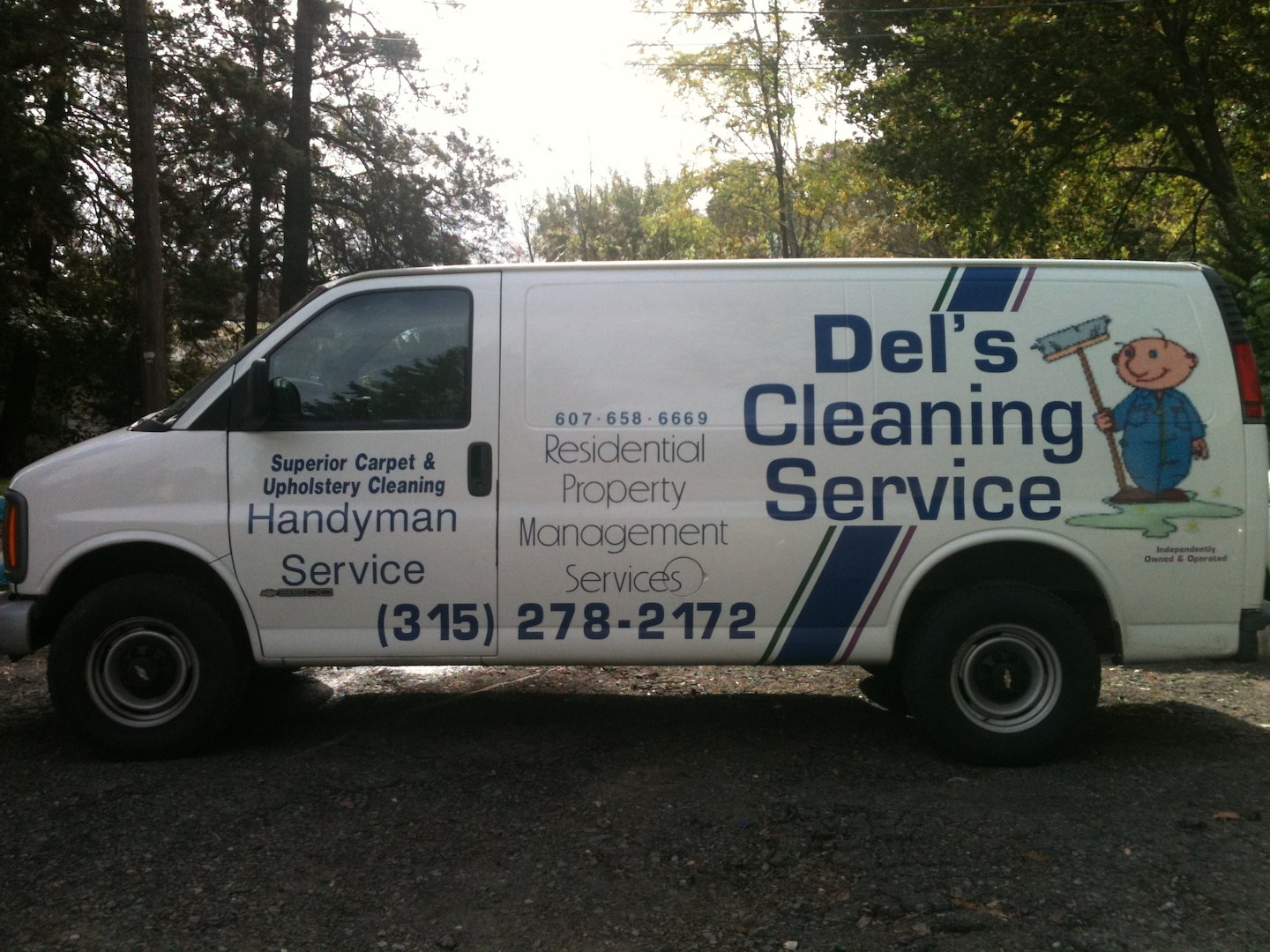 Dels Cleaning & Handyman Service