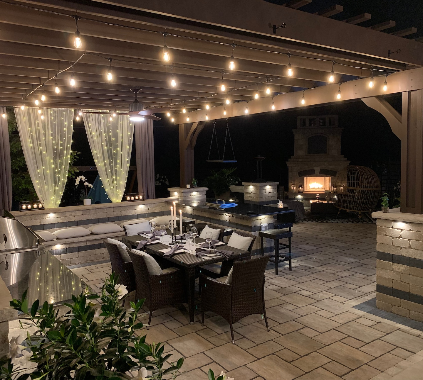 A complete outdoor kitchen patio/Fireplace