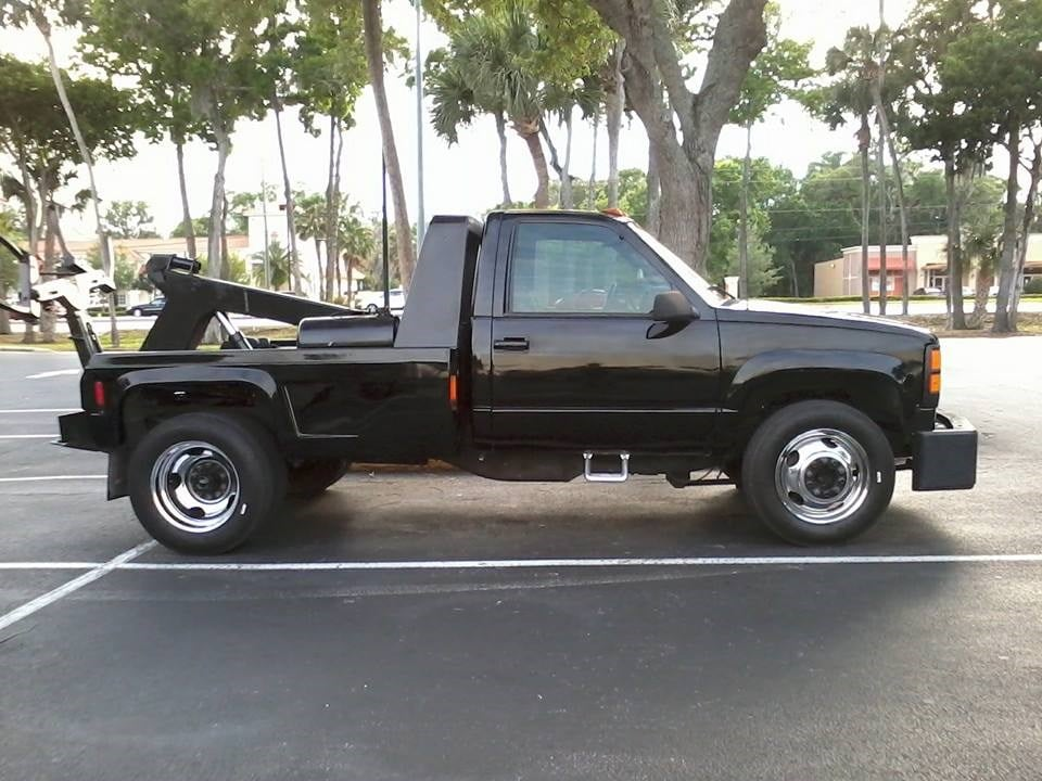 AFFORDABLE TOWING & LOCKOUTS