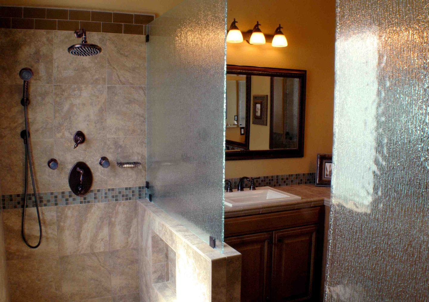 Jones Custom Tile & Stone