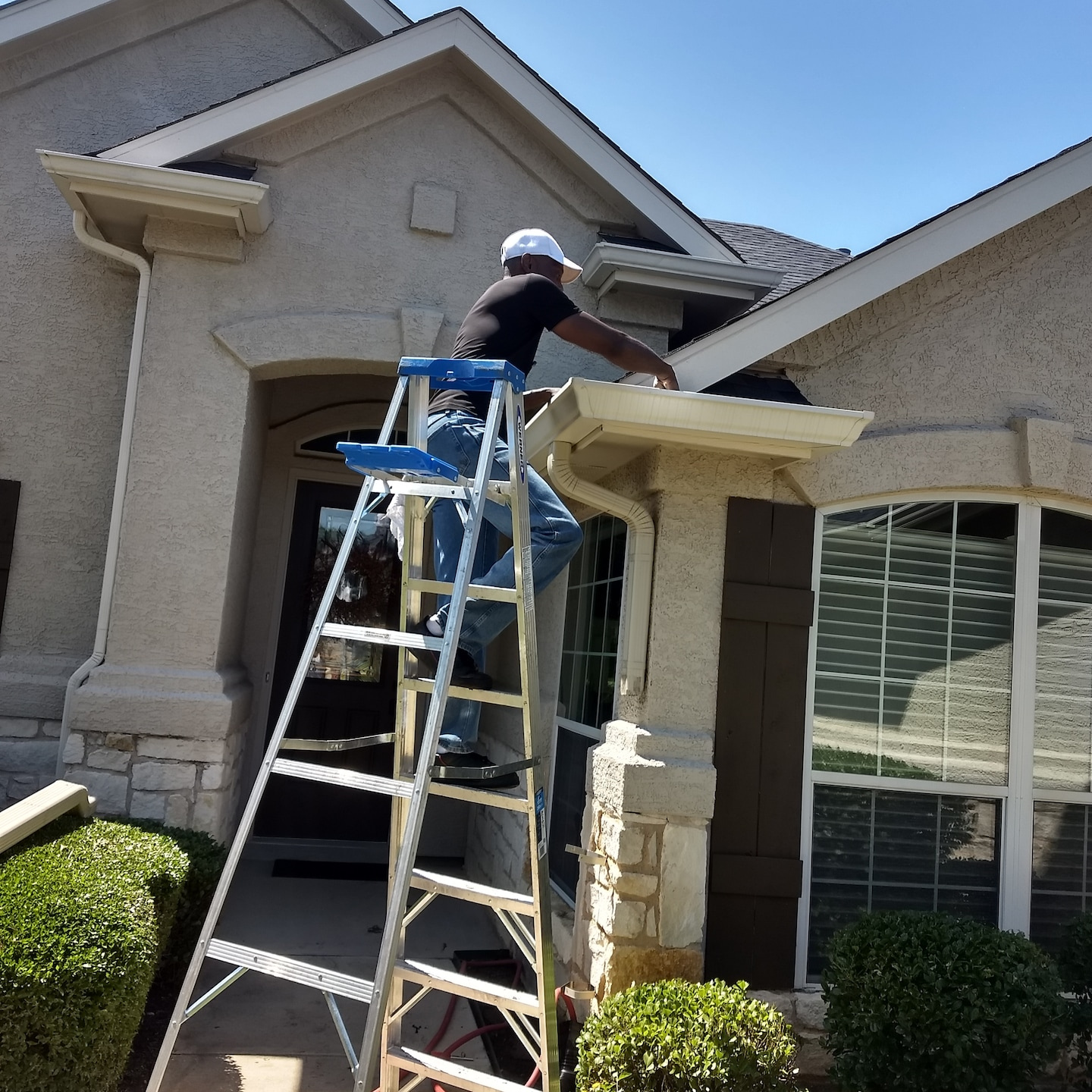 LTS Home and Gutter Cleaning Services