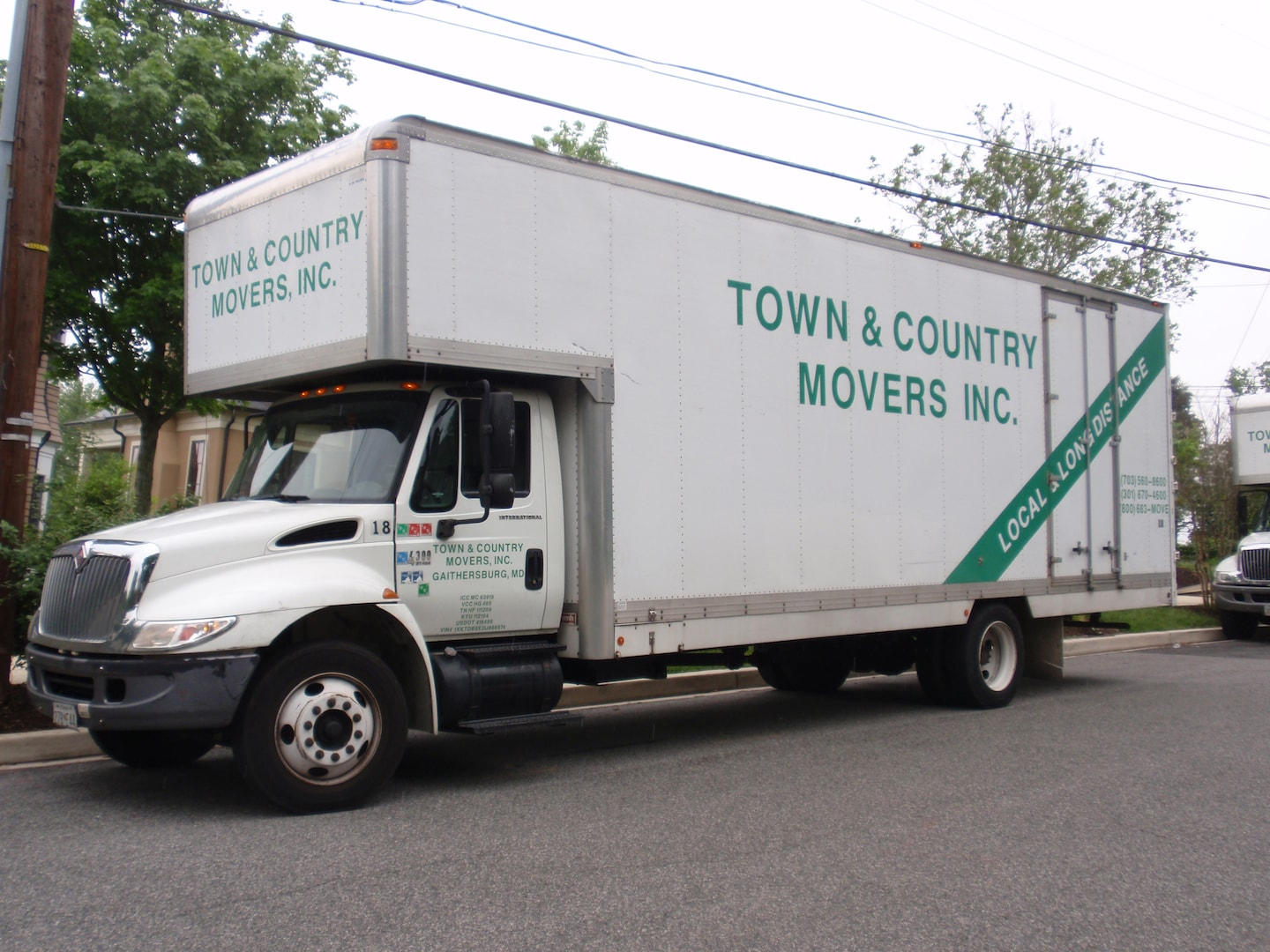 Town & Country Movers Inc