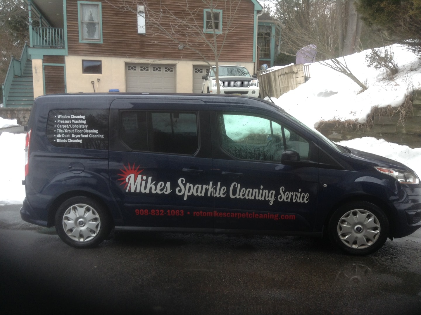 MIKE'S SPARKLE CLEANING SERVICE