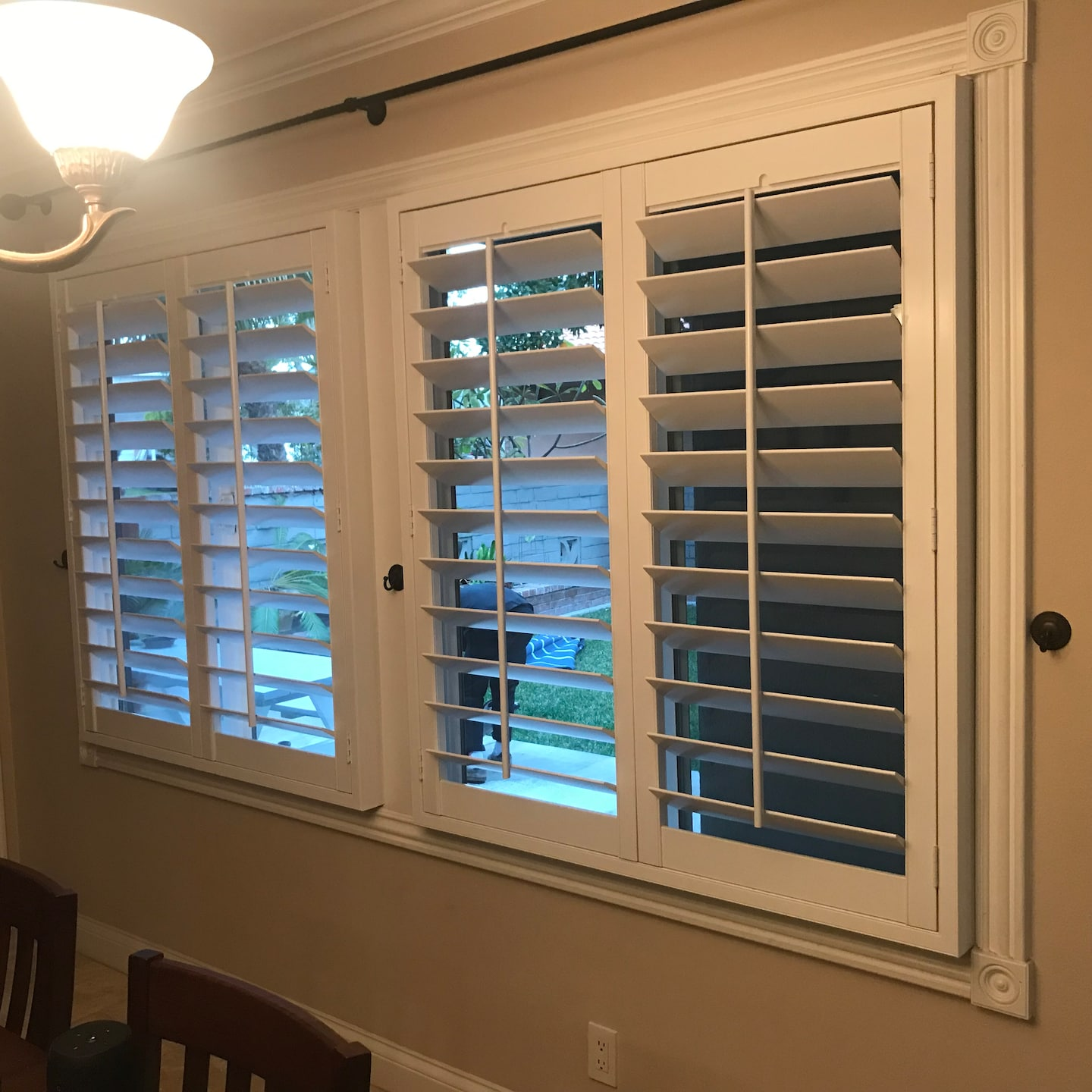 pro installs window treatments and shutters