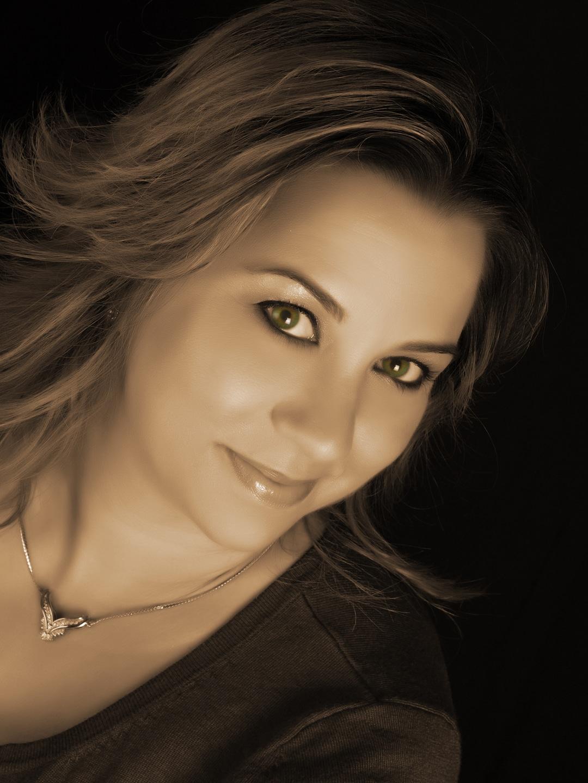 Laura Sanders-ReMax In-Motion