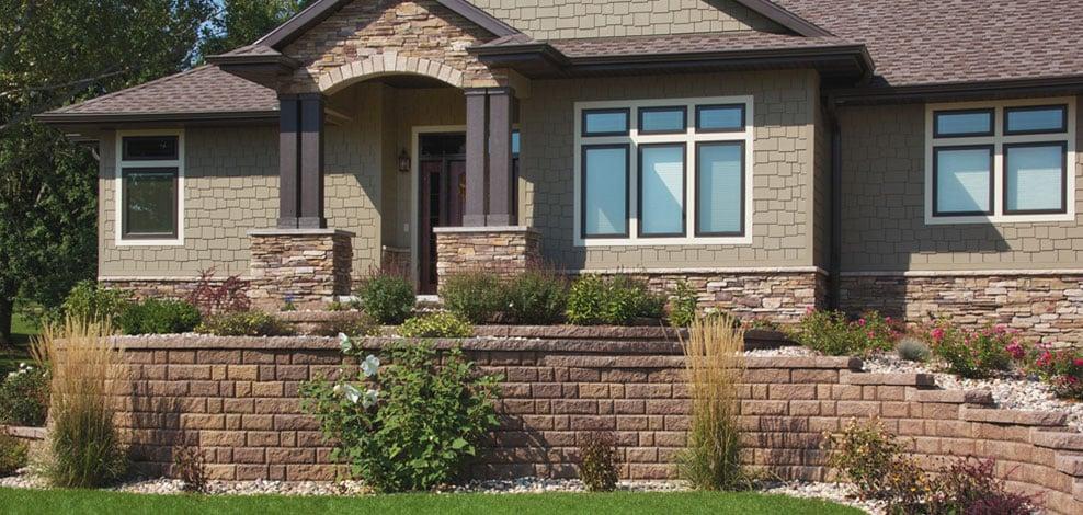 Lawn Grooming & Landscape Design