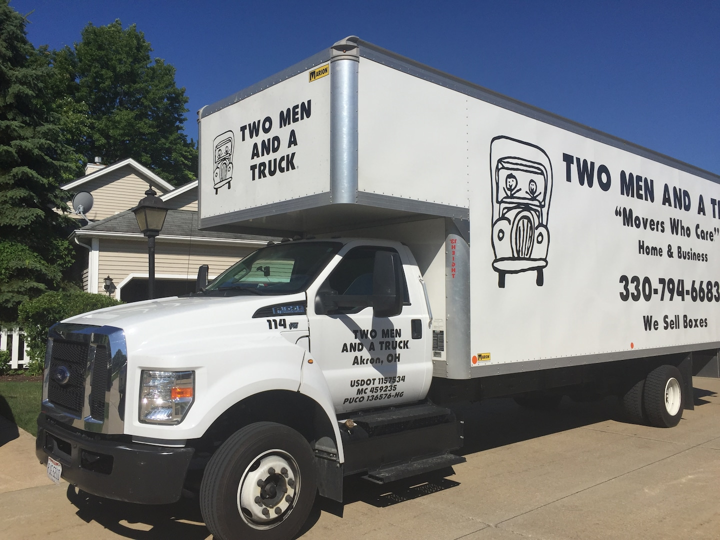 Two Men And A Truck - Akron